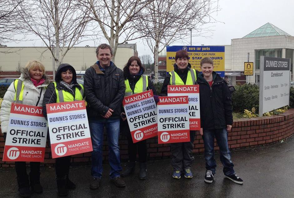 People Before Profit Supports Dunnes Workers In Fight For Their